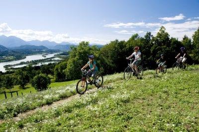 1121-Radfahren-in-Kärnten-©-Kärnten-Werbung-Fotograf-Zupanc_klein-e1502885622273.jpg