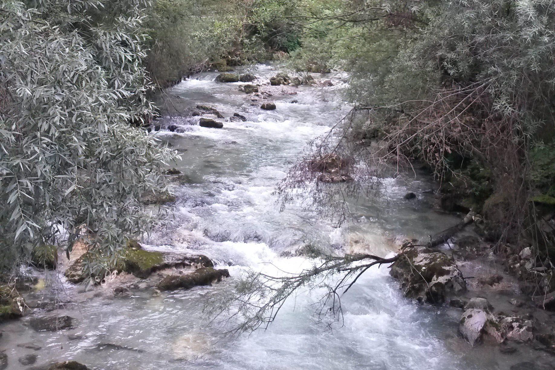 Vellach Fluss am Weg nach Eisenkappel
