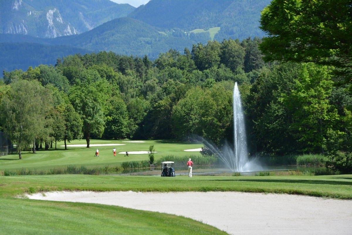 Golfen in Kärnten am Turnersee © www.golfklopein.at