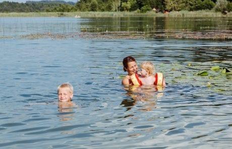 Kinderfreundlicher Strand am Turnersee Ferienwohungen Katharina Jernej